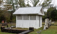 Criss gravehouse side elevation