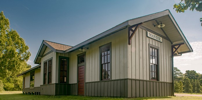 Mantee Depot 2016 from belindastewartarchitects.com accessed 6-26-17