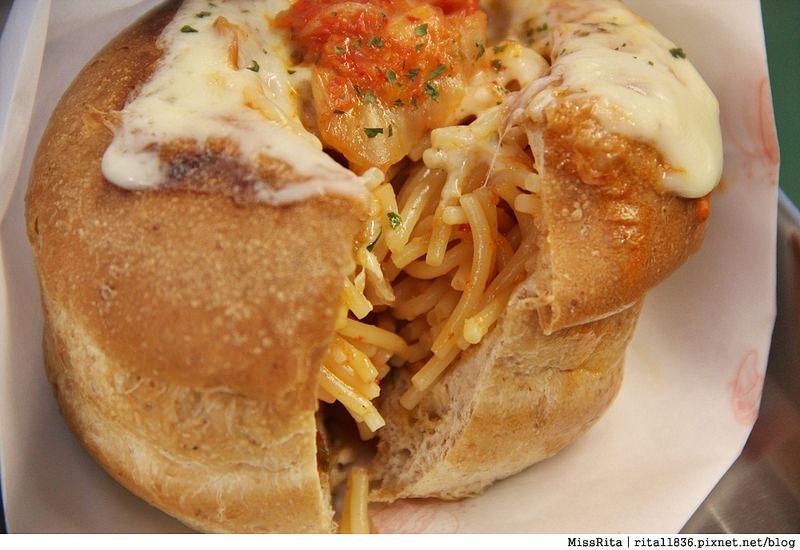 台中一中街好吃 一中麵包彈 義麵焗烤法國球 一中街美食13