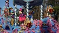 Disney-tag-paris10