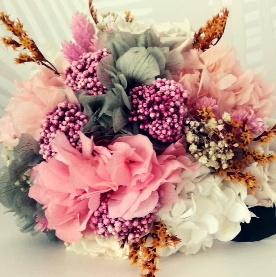 Ramo de flores preservadas Juno