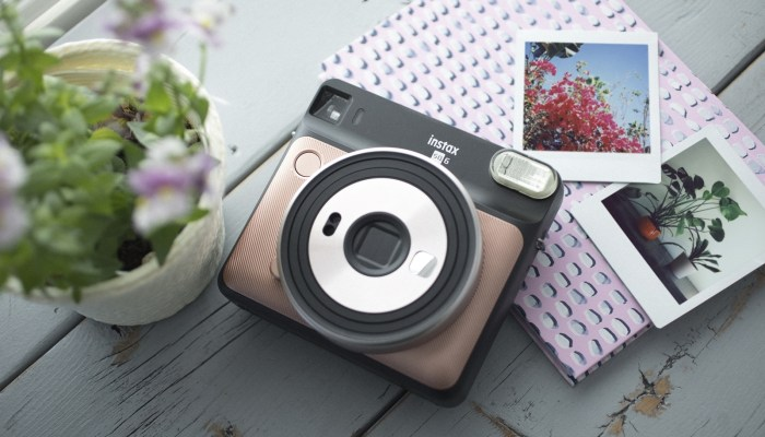 INSTAX SQUARE SQ6: REAL LIFE, BEAUTIFULLY SQUARED
