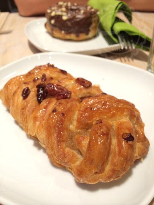 Obama´s Pastry y detrás el ubicuo cronut...