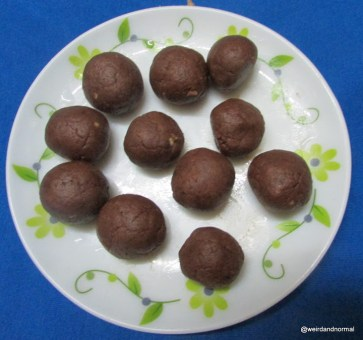 My Sugar Free Chocolate Biscuit Balls Recipe.