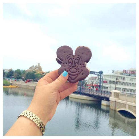 Mickey Ice Cream Sandwich? Y E S