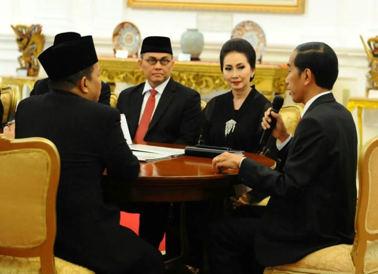 Hubungan Diplomatik - Mister Exportir