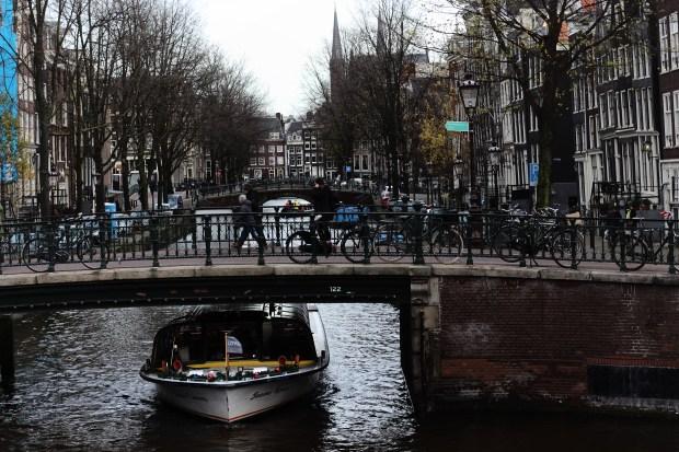 amsterdam-fashion-blogger-travel-mrfoures