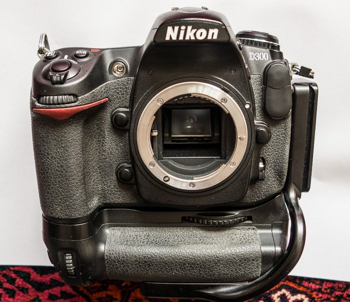 Good Old D300 For Sale