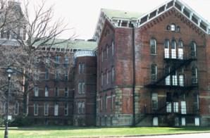 UO dormitory buildings
