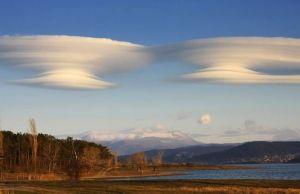lenticular-clouds-double-ss-jpg-638x0_q80_crop-smart