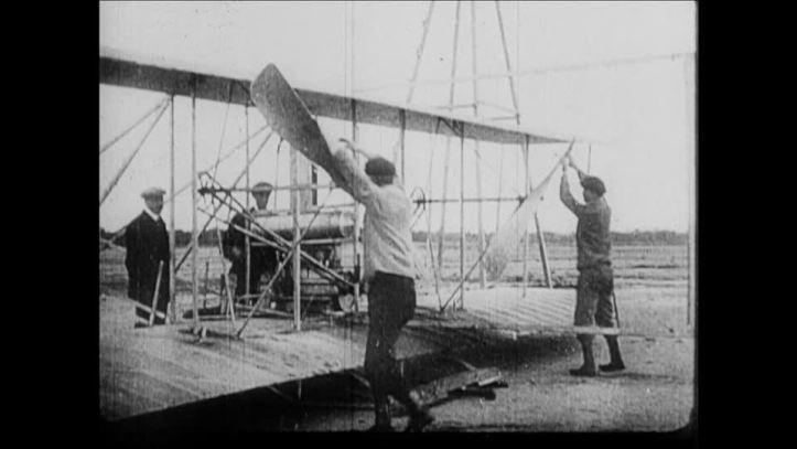 779959002-fort-myer-wright-flyer-orville-wright-primer-vuelo-animal