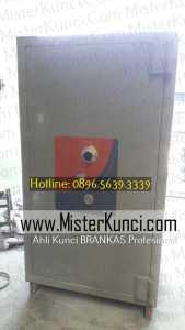 Jasa Tukang Kunci Brankas Panggilan di Salatiga, Jawa Tengah hubungi 0896-5639-3339