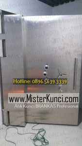 Ahli Kunci Brankas Panggilan Profesional Terpercaya di Jatirejo, Gunungpati, Semarang hubungi 0896-5639-3339