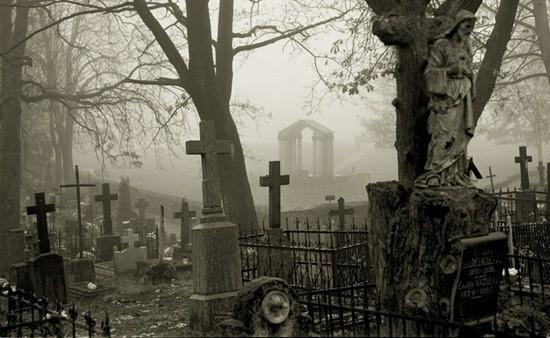 Страшная история про кладбище и покойника из реальной