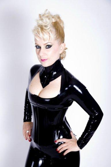 mistress prodomme kink fetish blonde session sydney