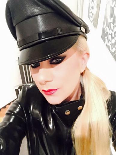 BDSM professional mistress prodomme