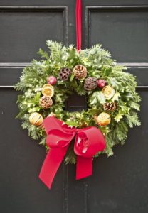 Discover how you can prepare your house for holiday guests in four simple steps.