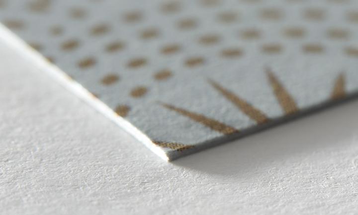 papertype-luxe-metallicsilver