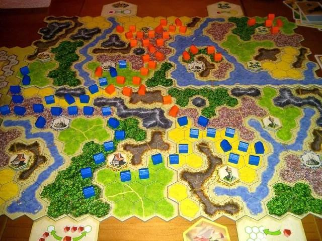 Desfile de hormiguitas azules ¡Reino lineal!