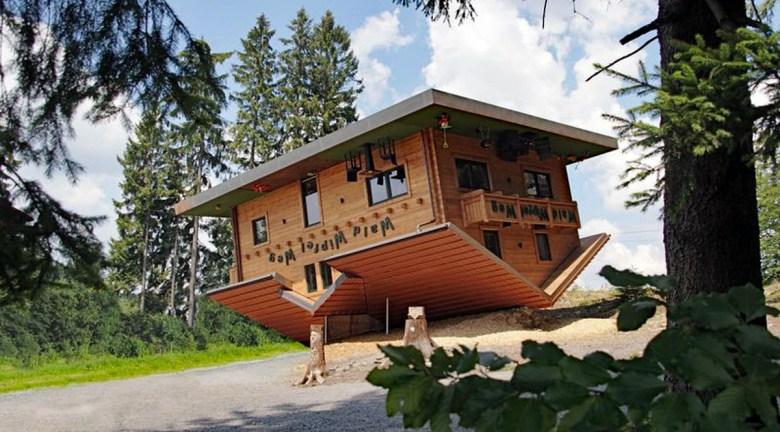 Haus am Kopf auf dem Waldwipfelweg in Sankt Englmar
