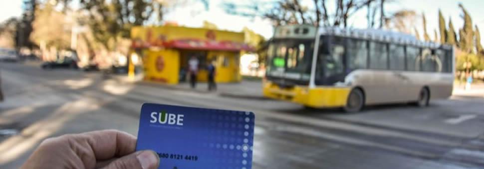 Piden mejoras en el sistema de la tarjeta SUBE en Neuquen