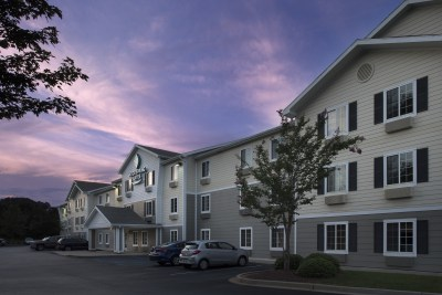Woodsprings_Suites_Duncan_SC-0003