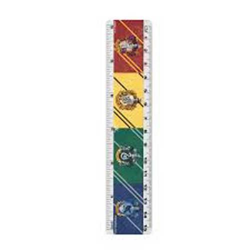 Set scuola Quaderno A5 Temperino quattro matite e righello dettaglio righello