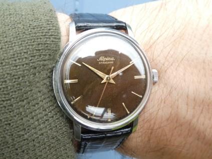 Alpina Standard tropic dial.