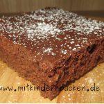 Blechkuchen mit Buttermilch und Schokolade ohne Ei