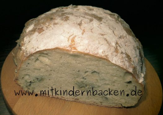 Brot ohne Kneten, ähnlich einem italienischen Ciabatta mit Trockenhefe