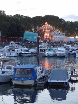 Boote und Lichter