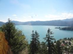 Blick über den See aus der Gondel. Gespiegelt: Ich :)