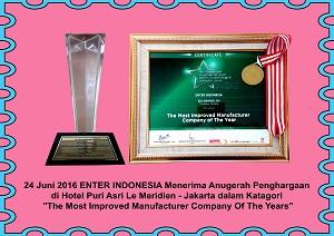 12-Anugerah-penghargaan-di-Hotel-Le-Meridien-jakarta-dalam-kategori-the-most-improved-manufacturer-company-of-the-years-