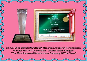 12-Anugerah-penghargaan-di-Hotel-Le-Meridien-jakarta-dalam-kategori-the-most-improved-manufacturer-company-of-the-years-