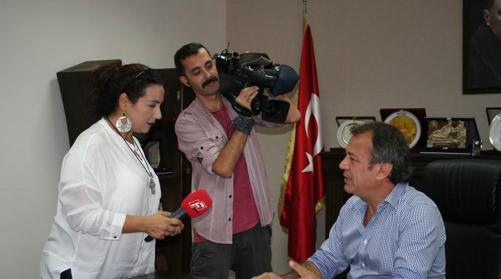 Kanal F Televizyonu MİTSO Yönetim Kurulu Başkanı Reşit Özer'i ziyaret etti. KANAL F TELEVİZYONU ARTIK UYDUDA