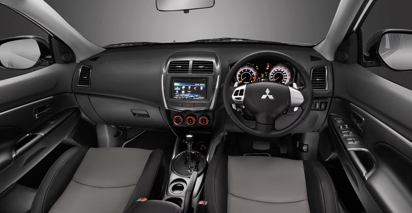 Interior Mobil Mitsubishi Outlander Sport Baru Dealer