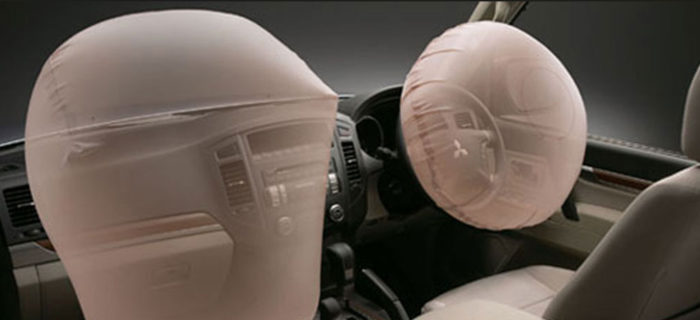 pajero_swb_safety-700x320