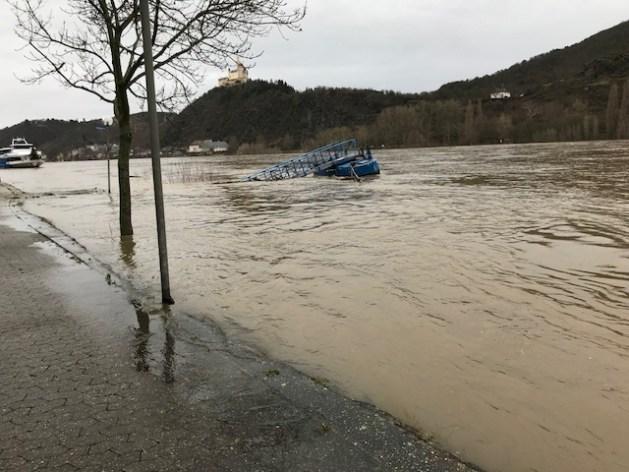 Hochwasser in Spay. Foto: Iris Schäfer