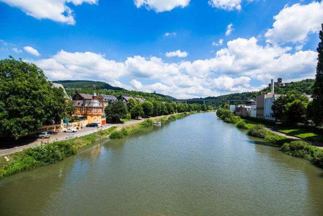 Die Lahn kurz vor der Mündung in den Rhein. Foto: Romantischer Rhein-Tourismus / Henry Tornow