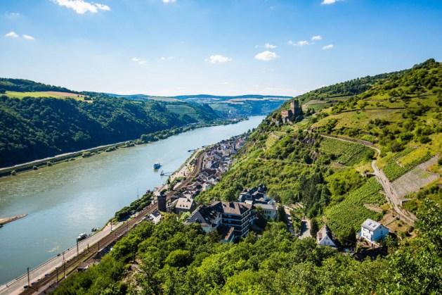 Bahnstrecke bei Kaub. Foto: Romantischer Rhein Tourismus / Henry Tornow