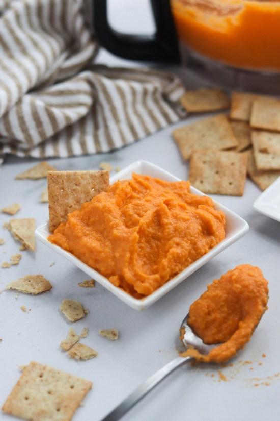 simple sriracha and carrot hummus