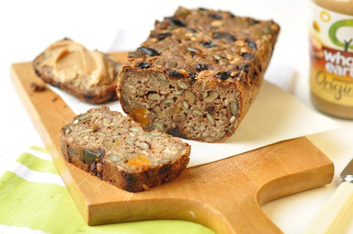Bánh mì với granola cũng là một món ăn lành mạnh để giảm cân