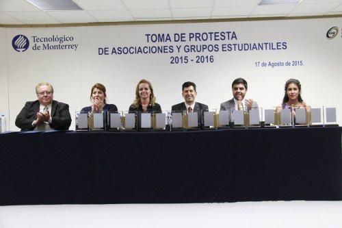 presidium toma protesta