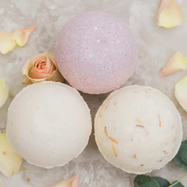 """Rich results on Google's SERP when searching for """"bath bombs"""" 3 bath bombs, jasmine, grapefruit, lavender, vanilla, lemon, ginger, natural ingredients"""