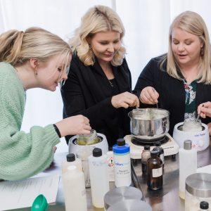 Experiences | Make Skincare and Cosmetics