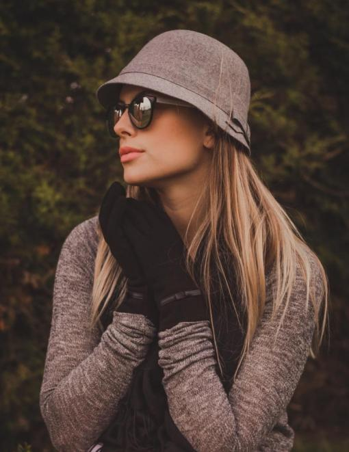 chapéu cloche Manias de Marcella cinza por Mel Campo 1