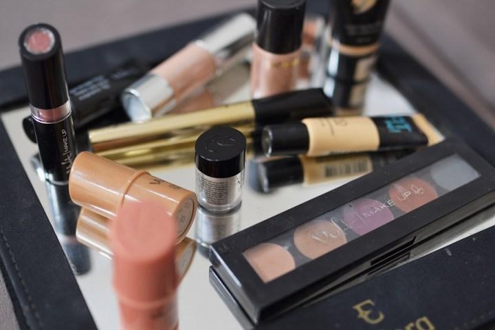 maquiagem com pigmento e glitter para o carnaval (11)