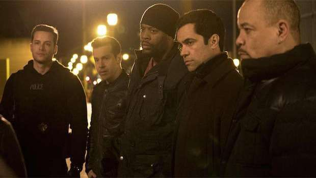 Chicago PD 2x20 - Crossover