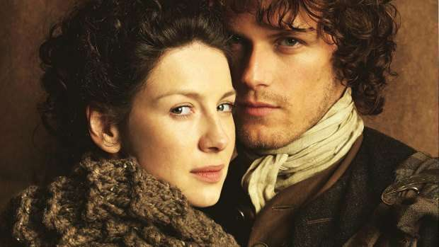 Jamie-and-Claire-outlander