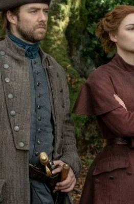 Roger e Bree co episódio 5x10 de Outlander